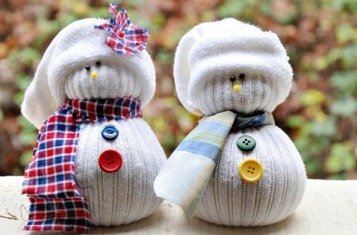Eastfallslocal.Sock-Snowmen.SplashLab.jpg