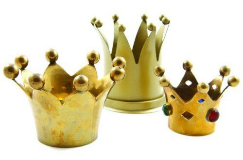 Three-Crowns-1-1.jpg